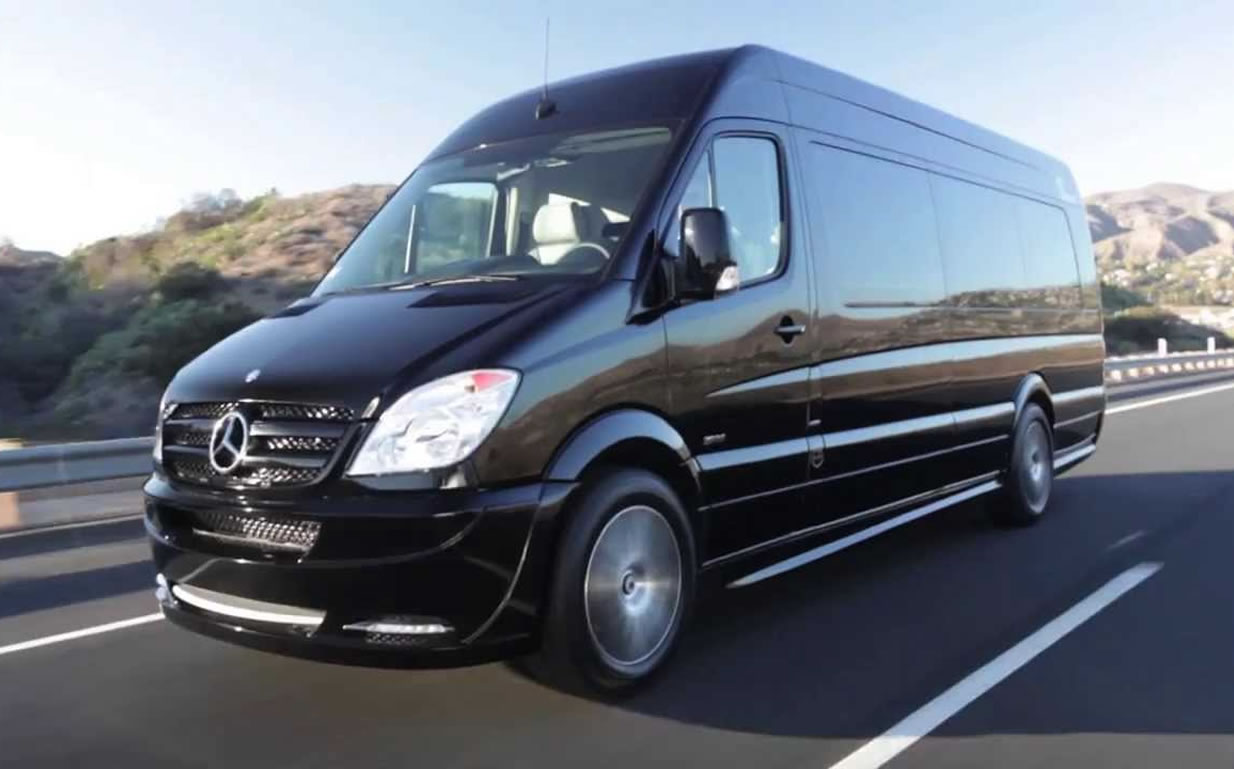 Executive Mobile Grooming (EMG) on Best In Search » The Future is HAIR! We bring Mobile Hair and Spa services right to you in a controlled environment with our beautiful Mercedes Benz Sprinter ​
